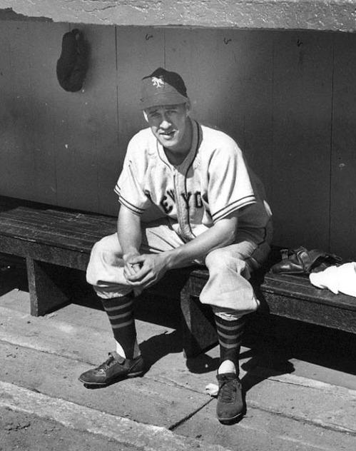 Buddy Blattner - NY Giants.jpg